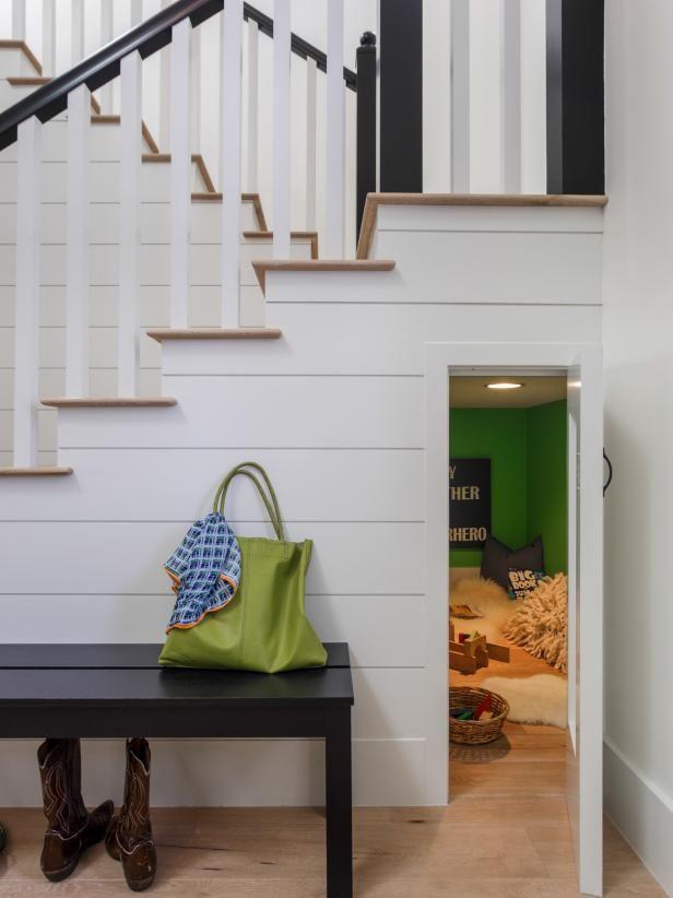 thiết kế phòng chơi ở gầm cầu thang