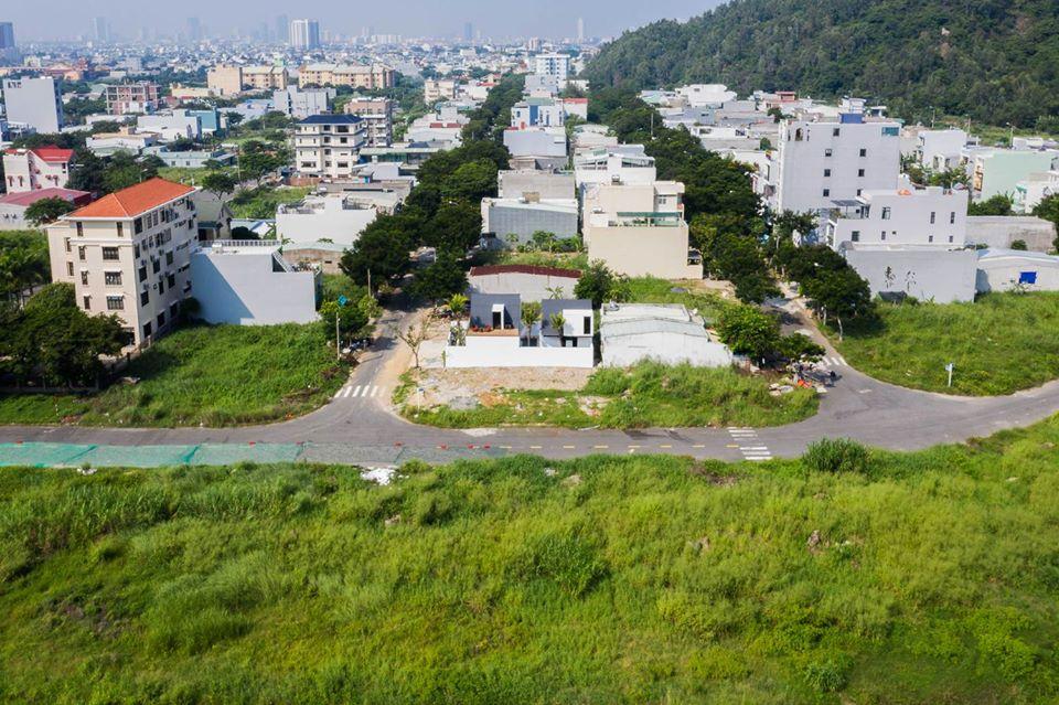hình ảnh khu dân cư dưới chân núi