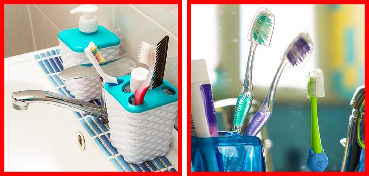 những chiếc bàn chải đánh răng được cắm trong hộp