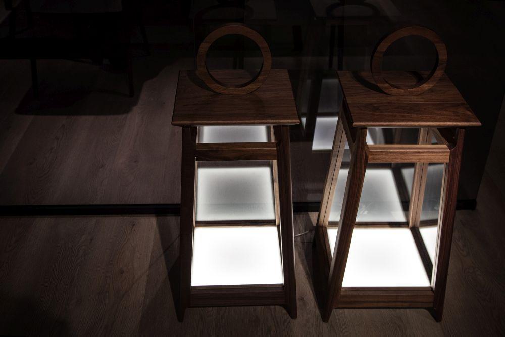 cặp đèn sàn kiểu cổ điển