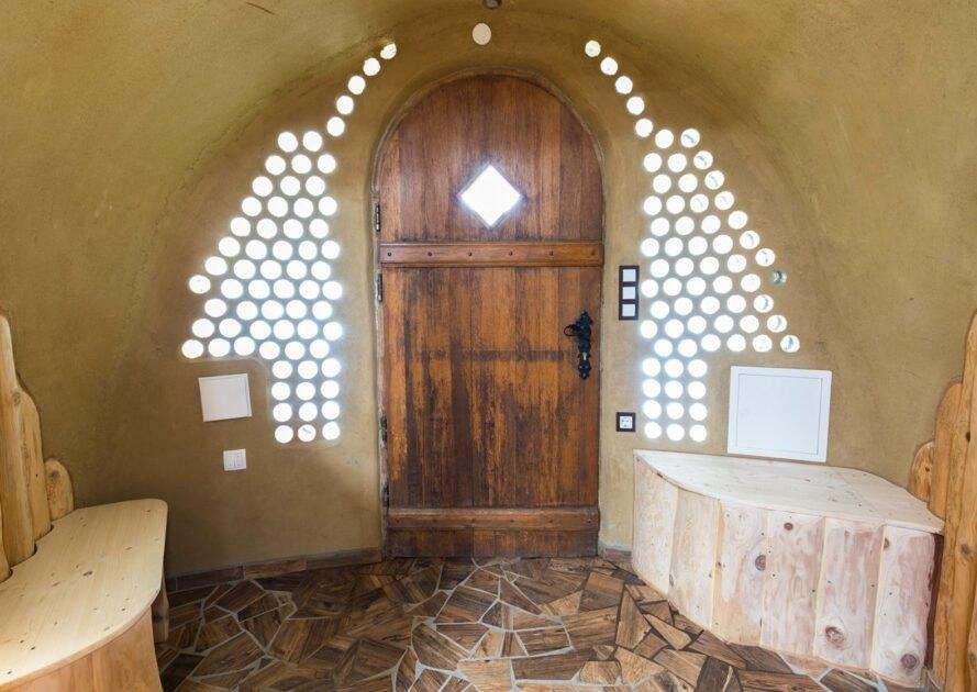 cửa gỗ hình vòm