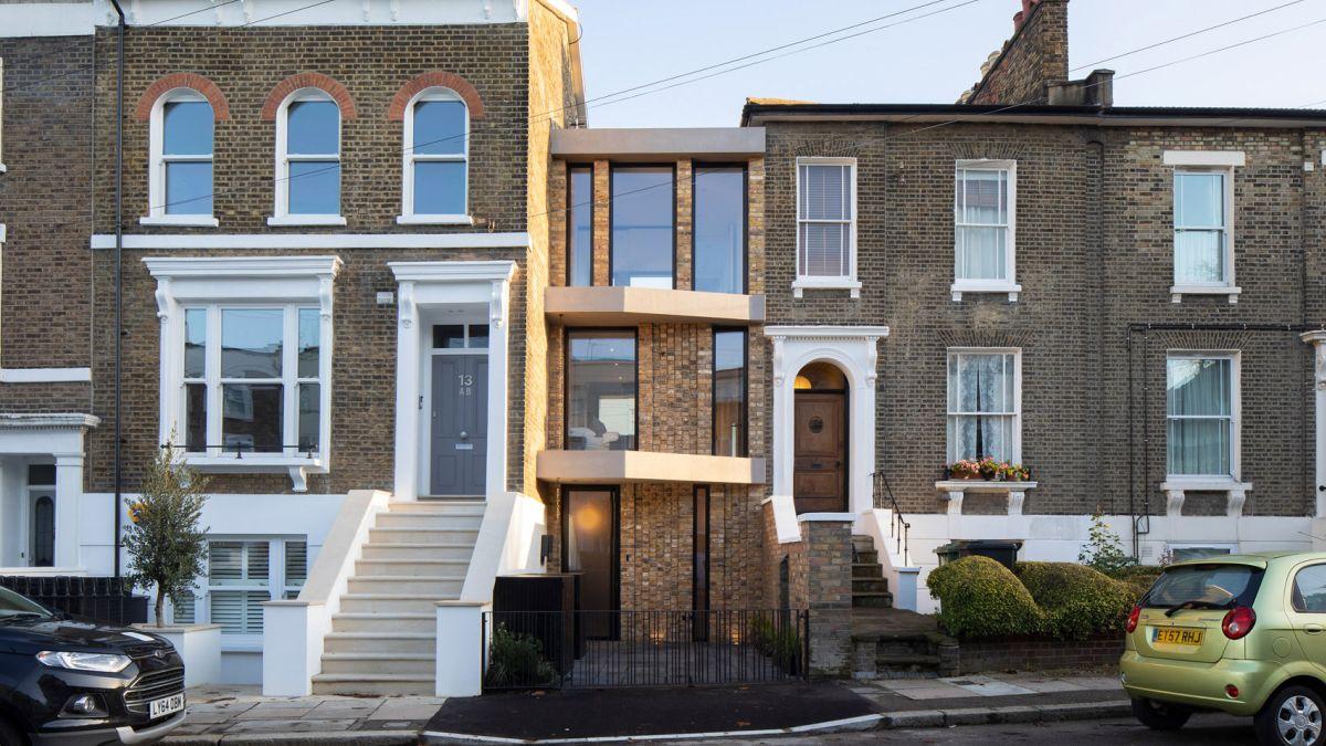 Không gian sống rộng rãi đến khó tin trong ngôi nhà có bề rộng chỉ 3,5m ở London