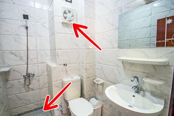 quạt thông gió trong nhà vệ sinh