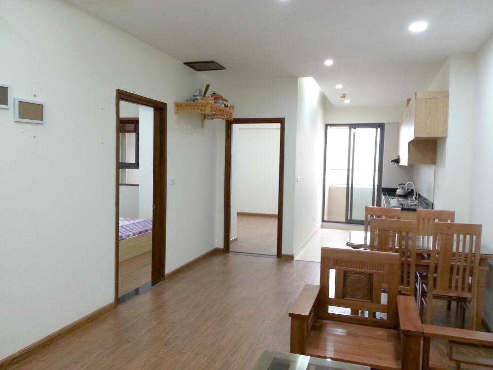 Một góc căn hộ với 2 phòng ngủ, phòng khách và bếp liền nhau