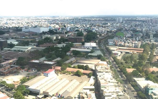 Khu đô thị Tây Bắc TP.HCM nhìn từ trên cao có nhiều nhà ở nằm cạnh trục đường lớn
