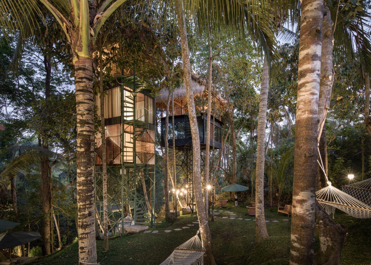 khách sạn giữa rừng