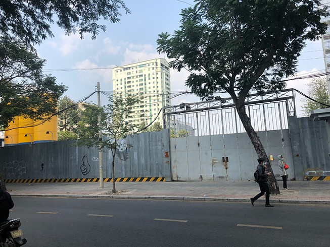 dự án bất động sản nằm sát đường lớn