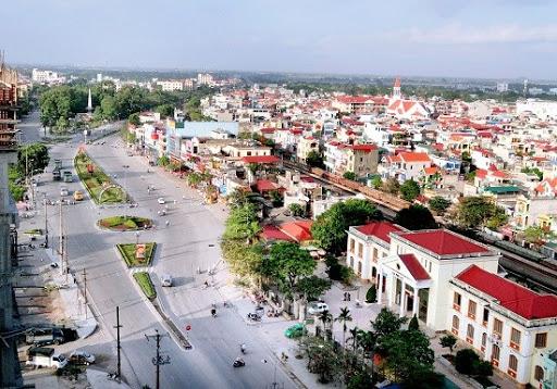 một góc tỉnh Hà Nam với nhiều nhà ở nằm bên trục đường lớn
