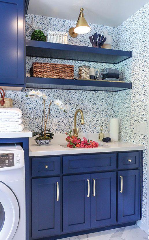 tủ bếp màu xanh việt quất