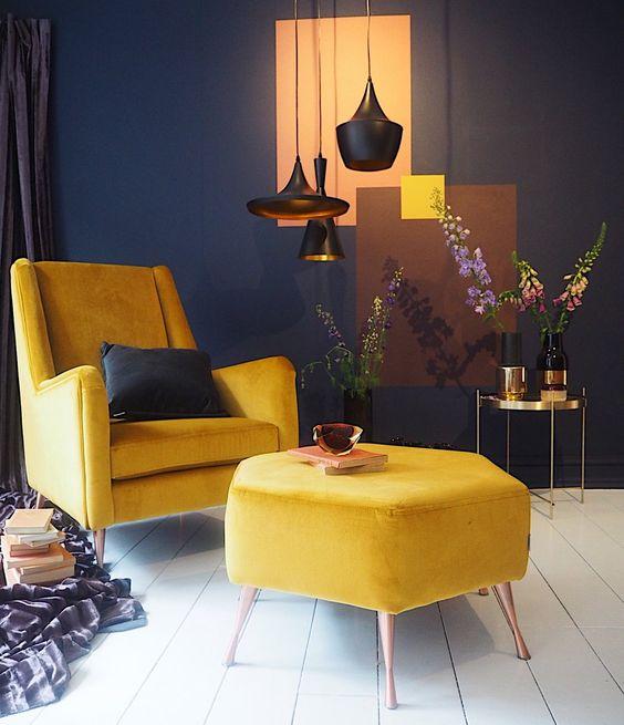bộ bàn ghế màu vàng tươi