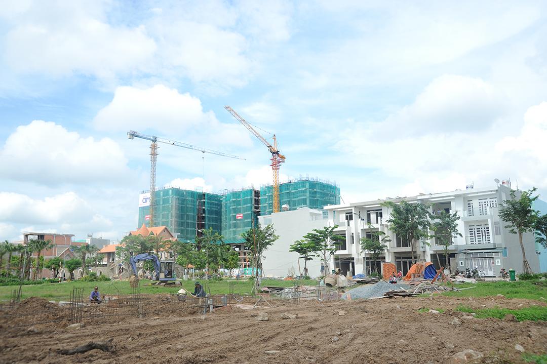 Dự án bất động sản đang triển khai dang dở