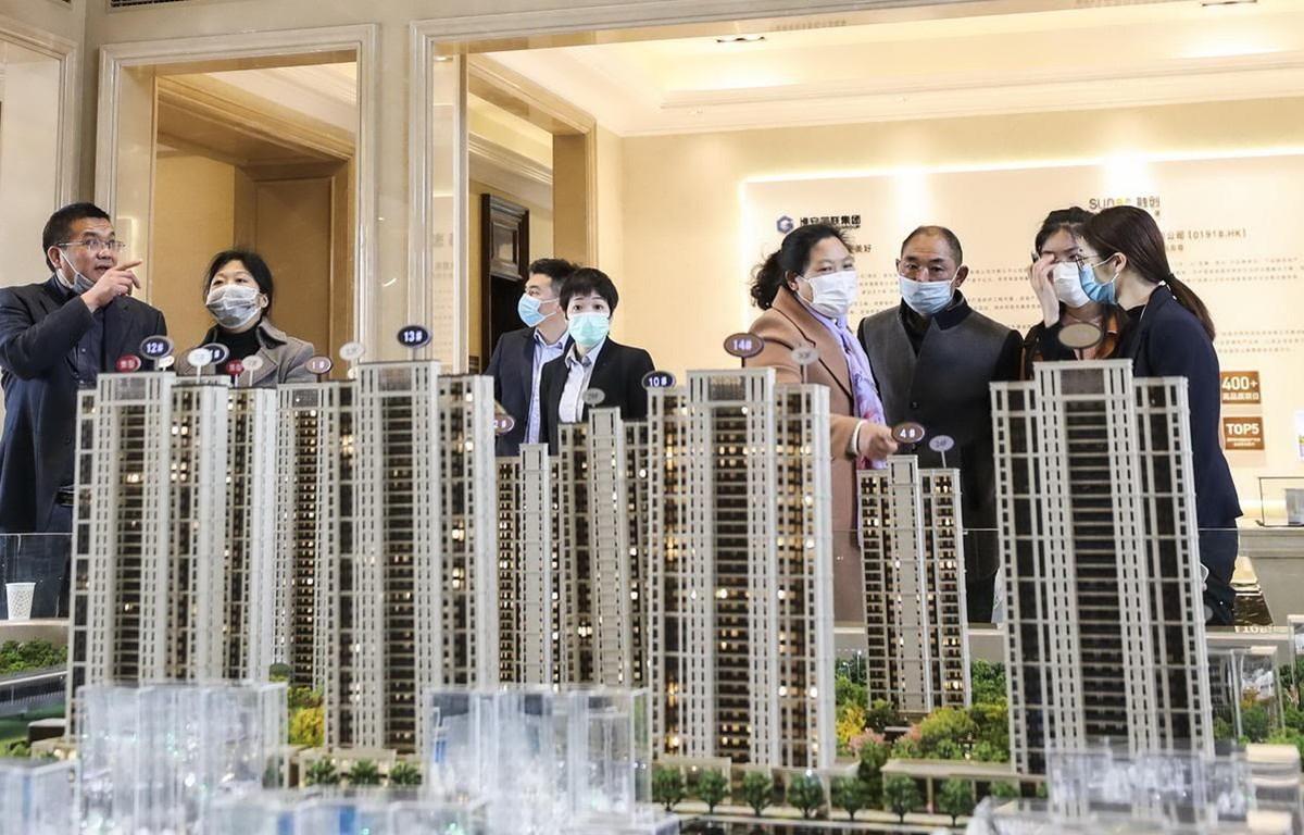 các nhà đầu tư bất động sản Trung Quốc tham quan mô hình dự án