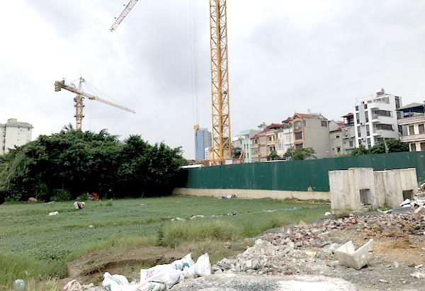 khu đất đang xây dựng công trình