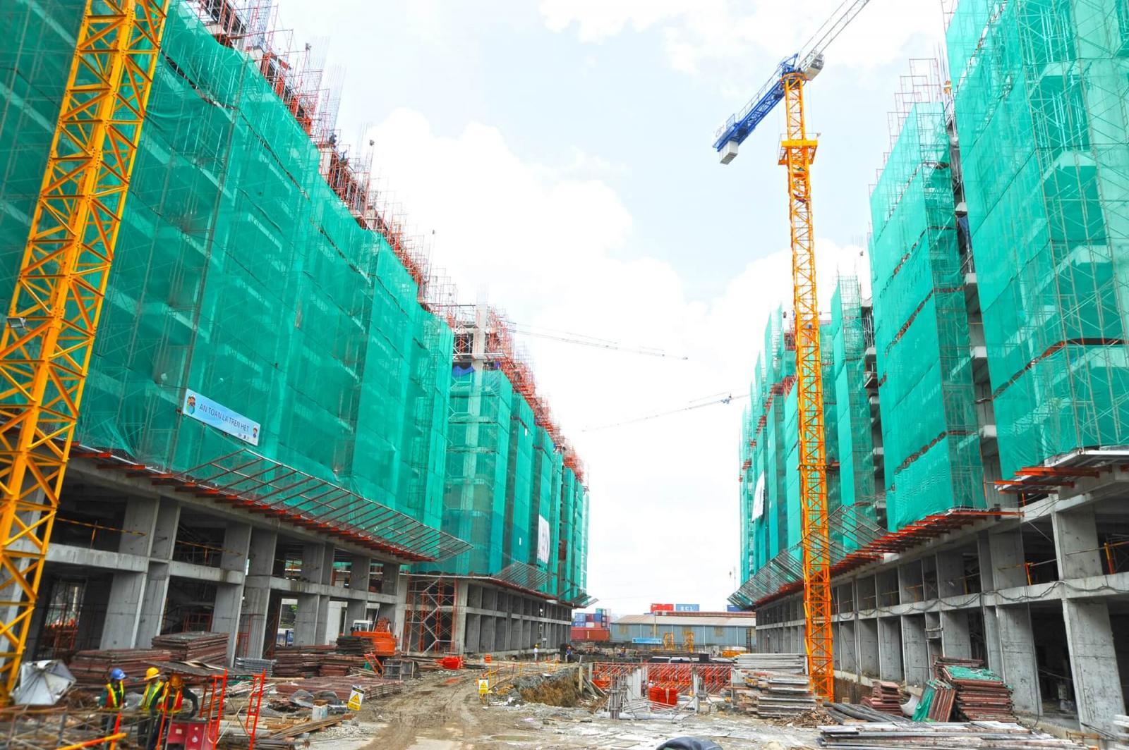chung cư đang xây dựng dở