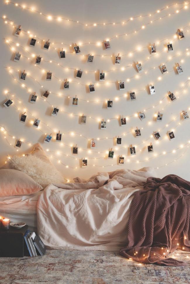 Phòng ngủ treo đèn dây