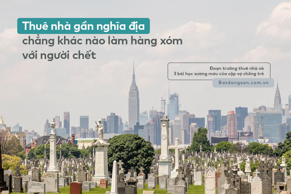 Hình ảnh nghĩa trang với nhiều ngôi mộ, phá xa xa là các tòa nhà cao tầng
