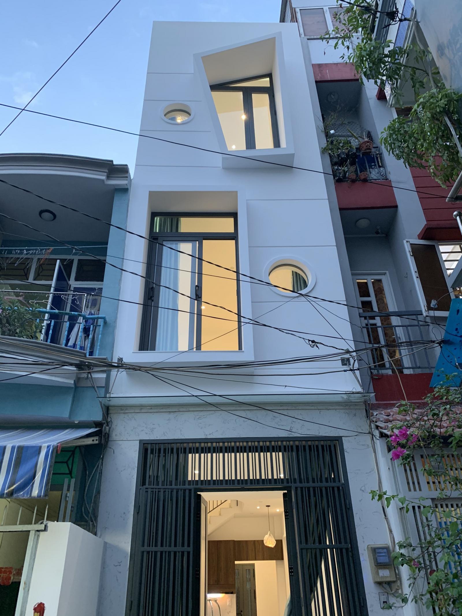 Nhà ống Sài Gòn thoáng sáng không ngờ trên diện tích vỏn vẹn 23,5m2