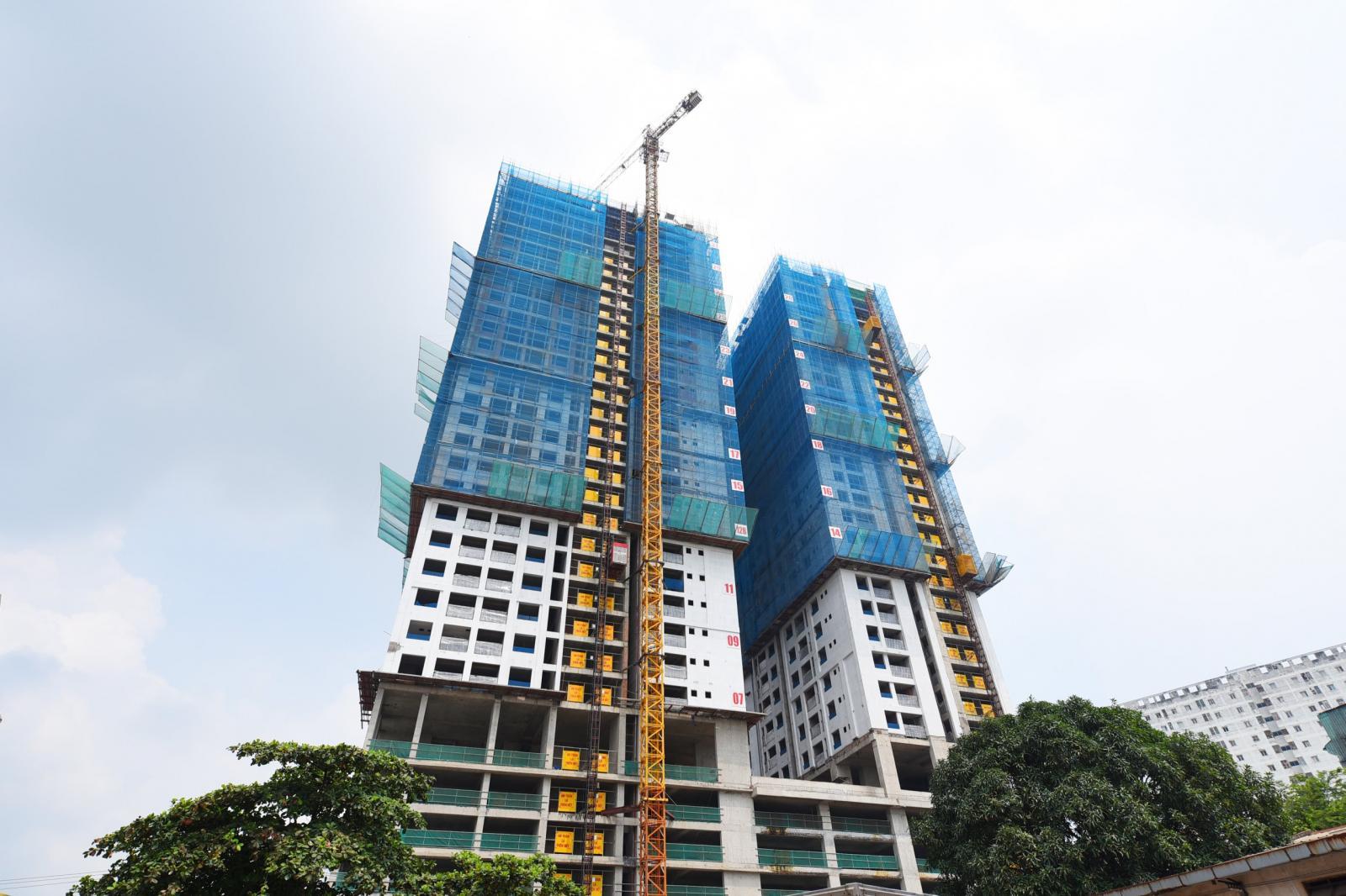 Tòa chung cư đang xây dựng tại Dĩ An, Bình Dương nơi có bất động sản giá dưới 1 tỷ đồng