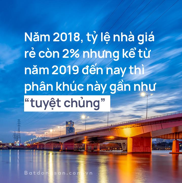 Hình ảnh cây cầu bắc qua sông, 1 đoạn chữ màu trắng, nền xanh