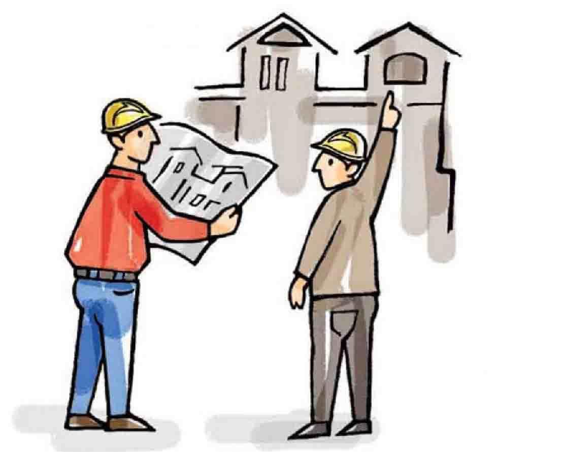 Hai người đàn ông cầm trên tay bản vẽ thiết kế nhà