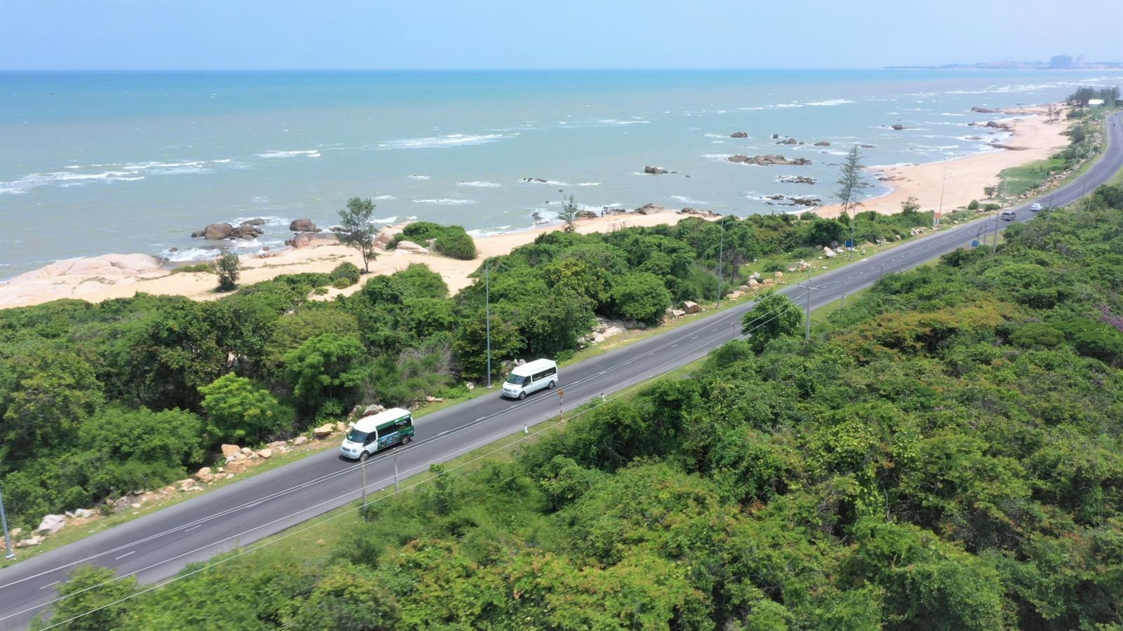 Cung đường ven biển Hồ Tràm nhìn từ trên cao