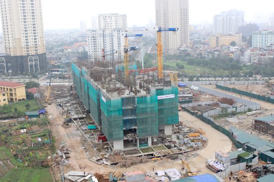 công trường dự án bất động sản đang xây dựng