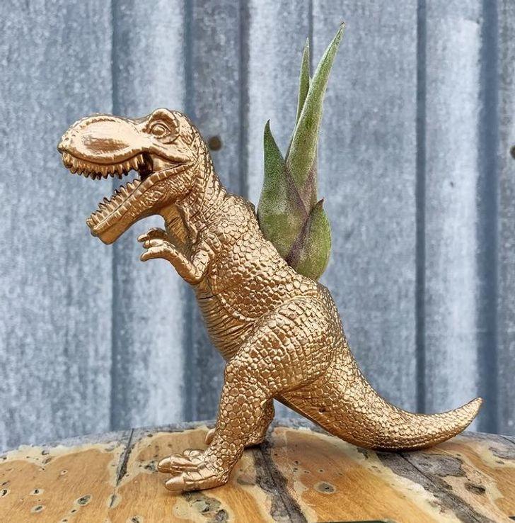 Chậu cây hình khủng long