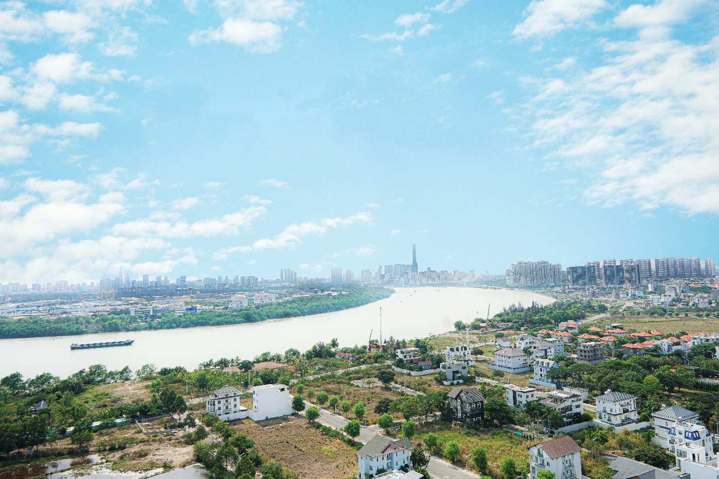 View căn hộ Thủ Thiêm Dragon nhìn ra dòng sông