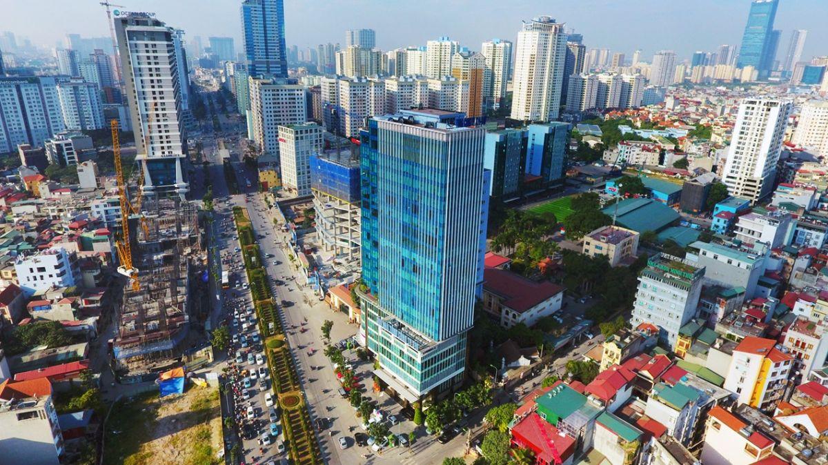 một góc nội đô thành phố Hà Nội có nhiều tòa nhà cao tầng
