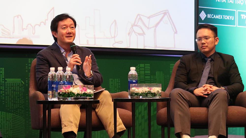 Ông Robert Vũ, CEO Batdongsan.com.vn và ông Nguyễn Quốc Anh PTGĐ Batdongsan.com.vn