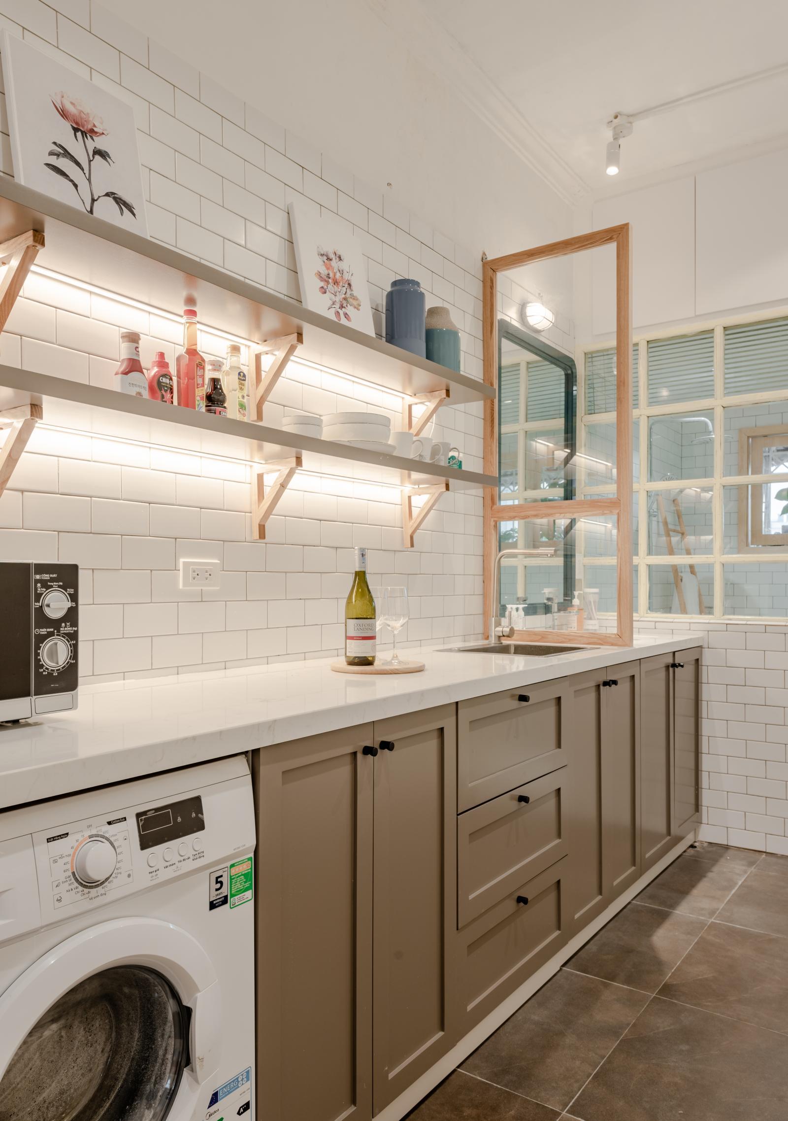 Căn bếp gọn gàng, tiện nghi, hiện đại