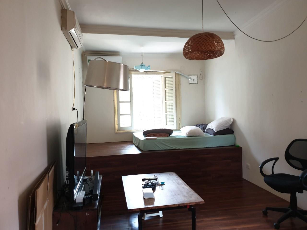 Bên trong căn hộ tập thể trước cải tạo