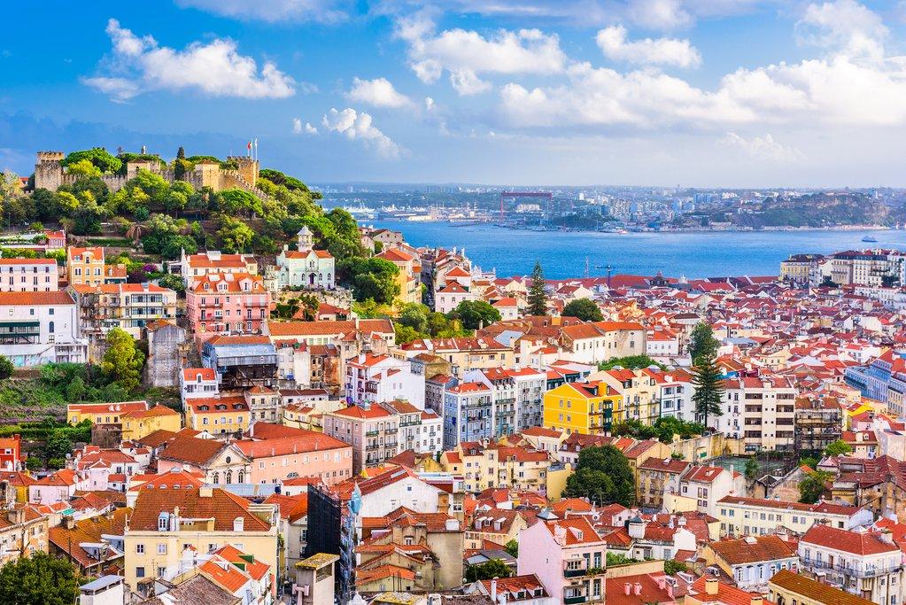 Đầu tư bất động sản Bồ Đào Nha, vừa sở hữu vĩnh viễn vừa có thẻ cư trú cho cả gia đình