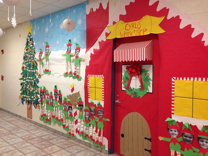 trang trí cửa lớp học dịp Giáng sinh