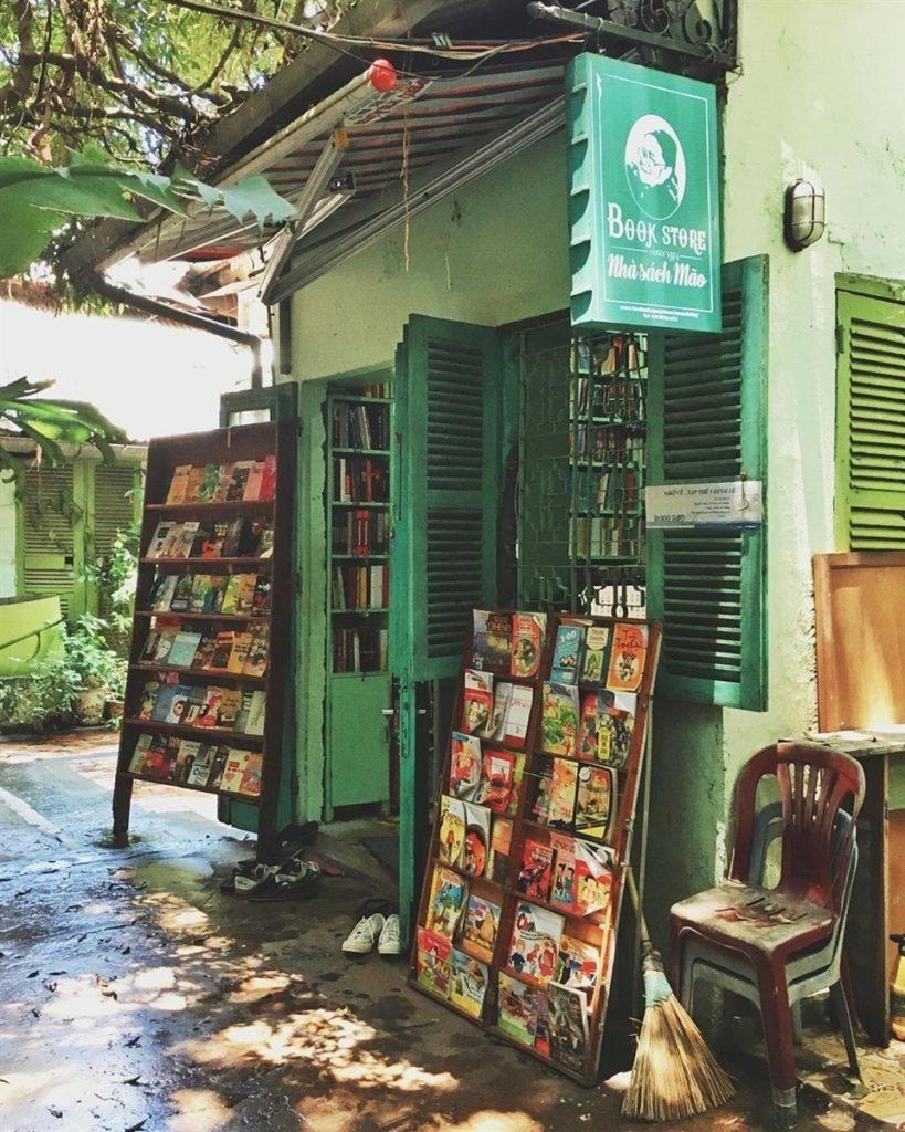 Nhà sách Mão là địa chỉ quen thuộc của cộng đồng người yêu sách Hà Nội
