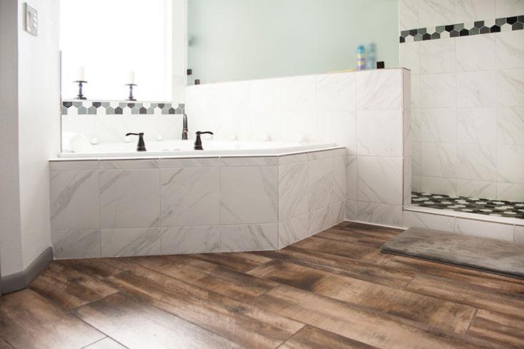 Sàn gỗ kĩ thuật lát phòng tắm