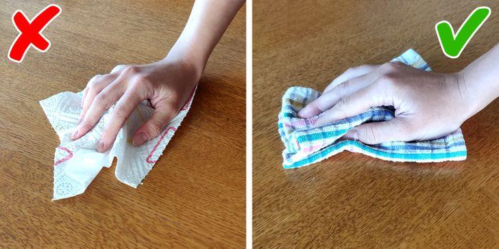 Dung khăn giấy lau chùi mọi bề mặt là một thói quen sai lầm