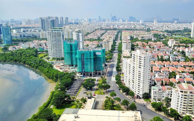 nhiều tòa nhà cao tầng trong thành phố