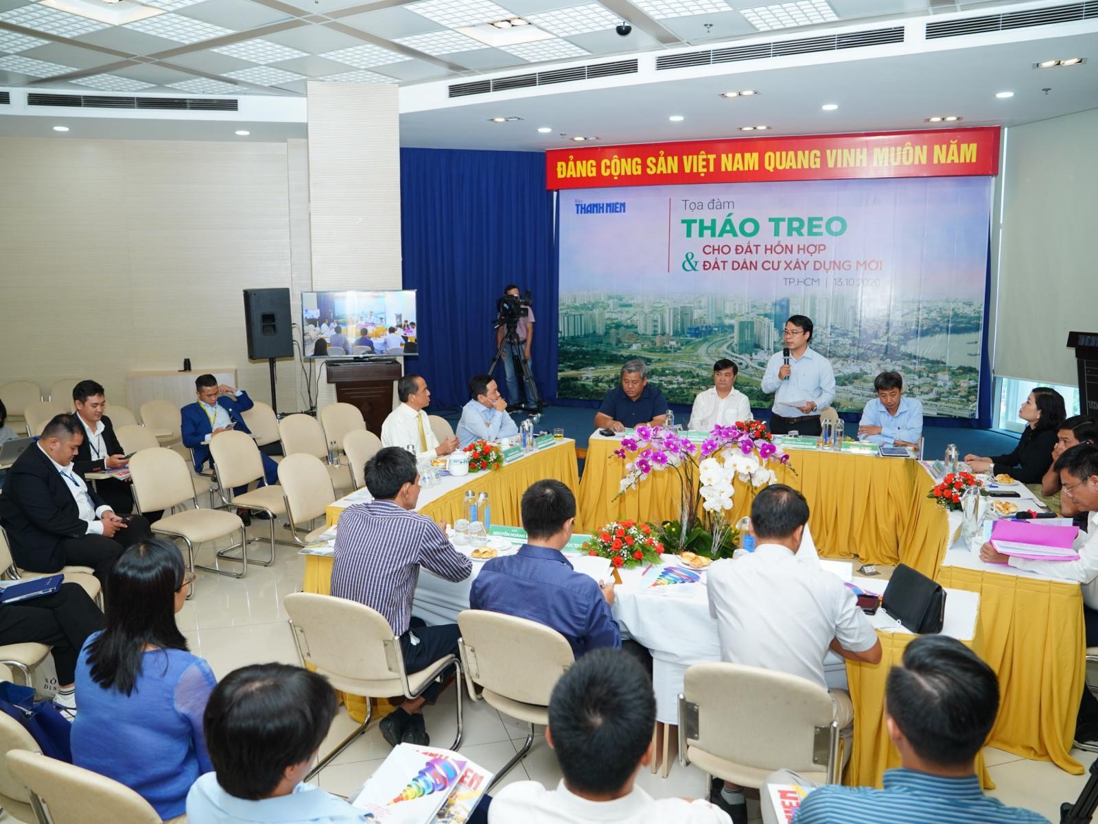 Hình ảnh tại buổi tọa đàm của báo thanh niên