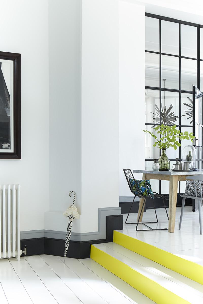 mẫu gạch ốp chân tường phòng khách hiện đại