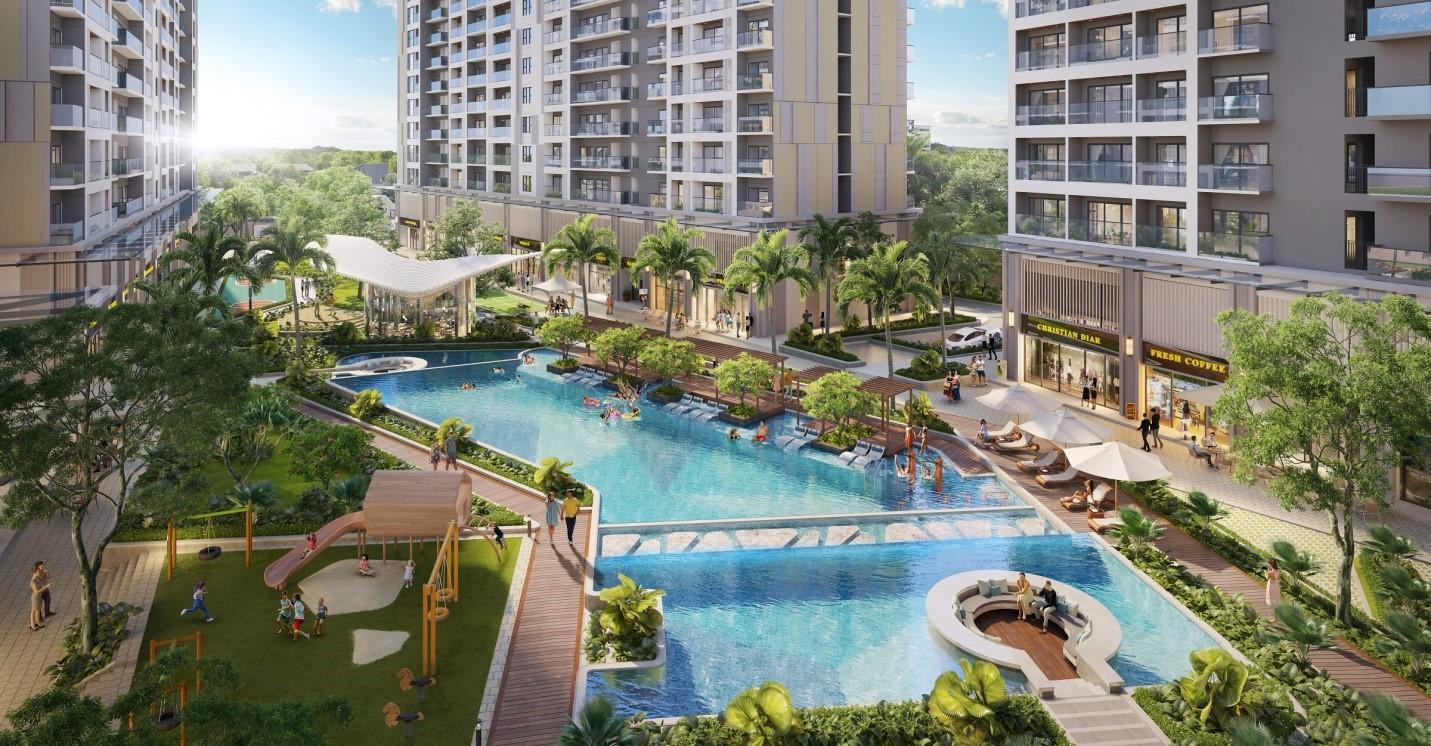 Hình ảnh bể bơi nằm giữa các tòa nhà chung cư