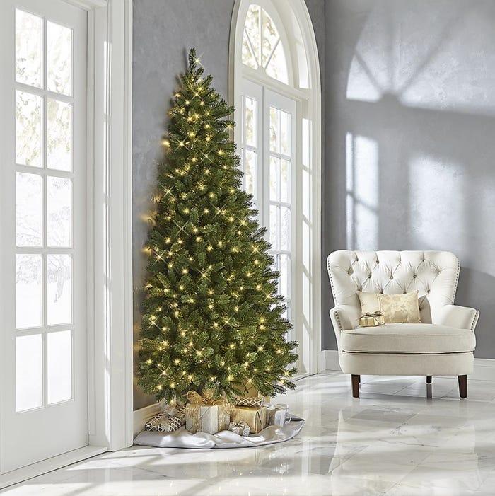 """Cây thông Noel """"một nửa"""""""