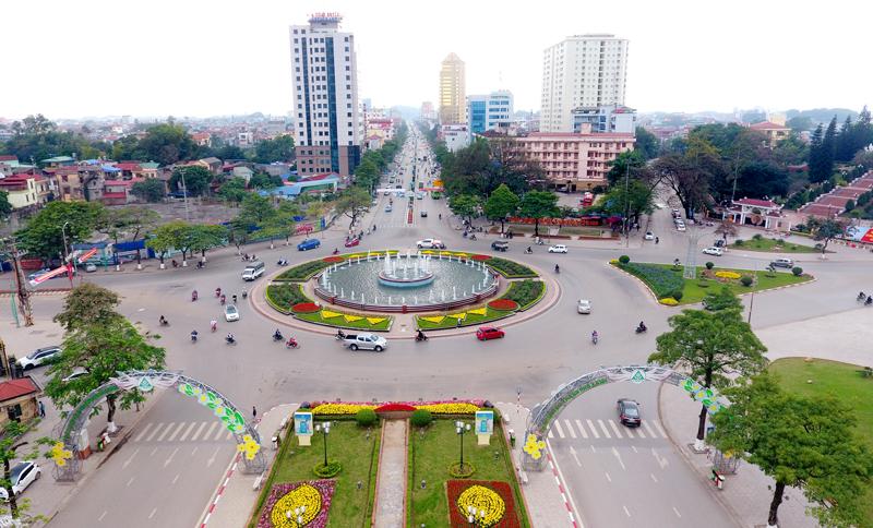 trung tâm thành phố, nơi giao nhau của nhiều tuyến đường lớn