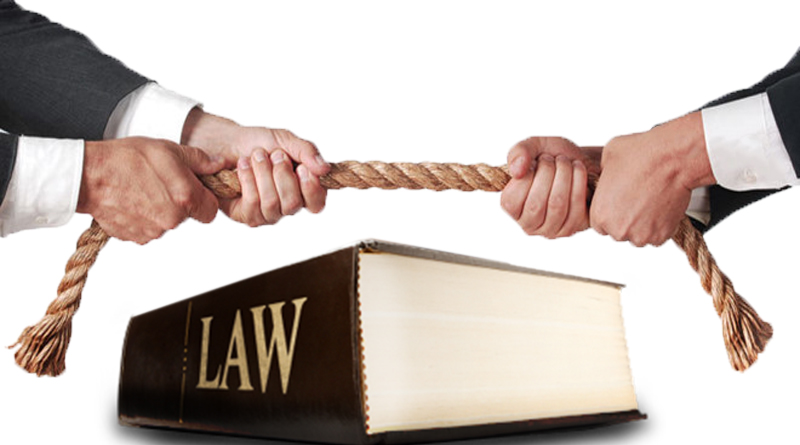 hai bàn tay đang co kéo một sợi dây thừng, ở giữa là cuốn sách luật