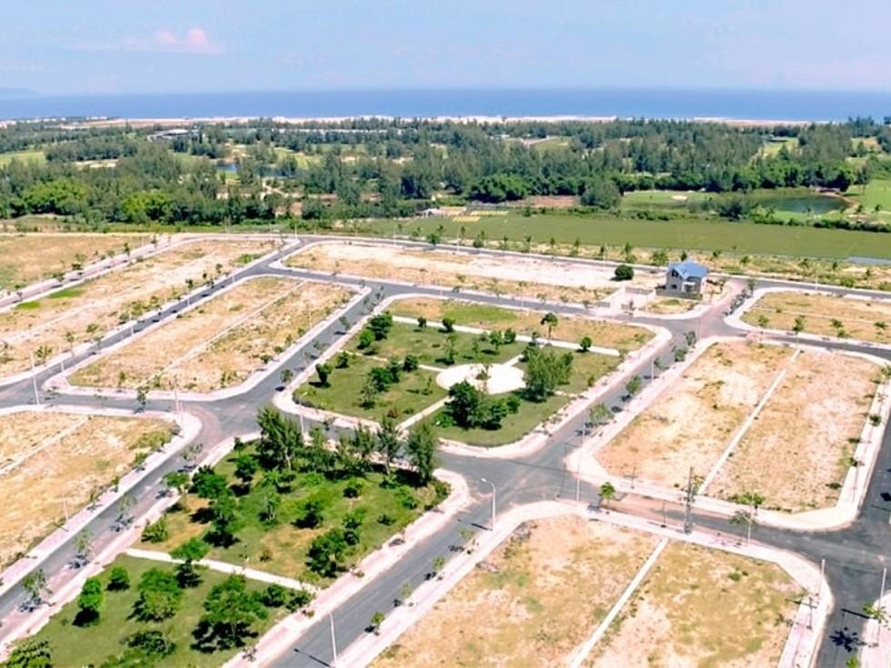 khu đất được phân chia thành nhiều lô với diện tích khác nhau