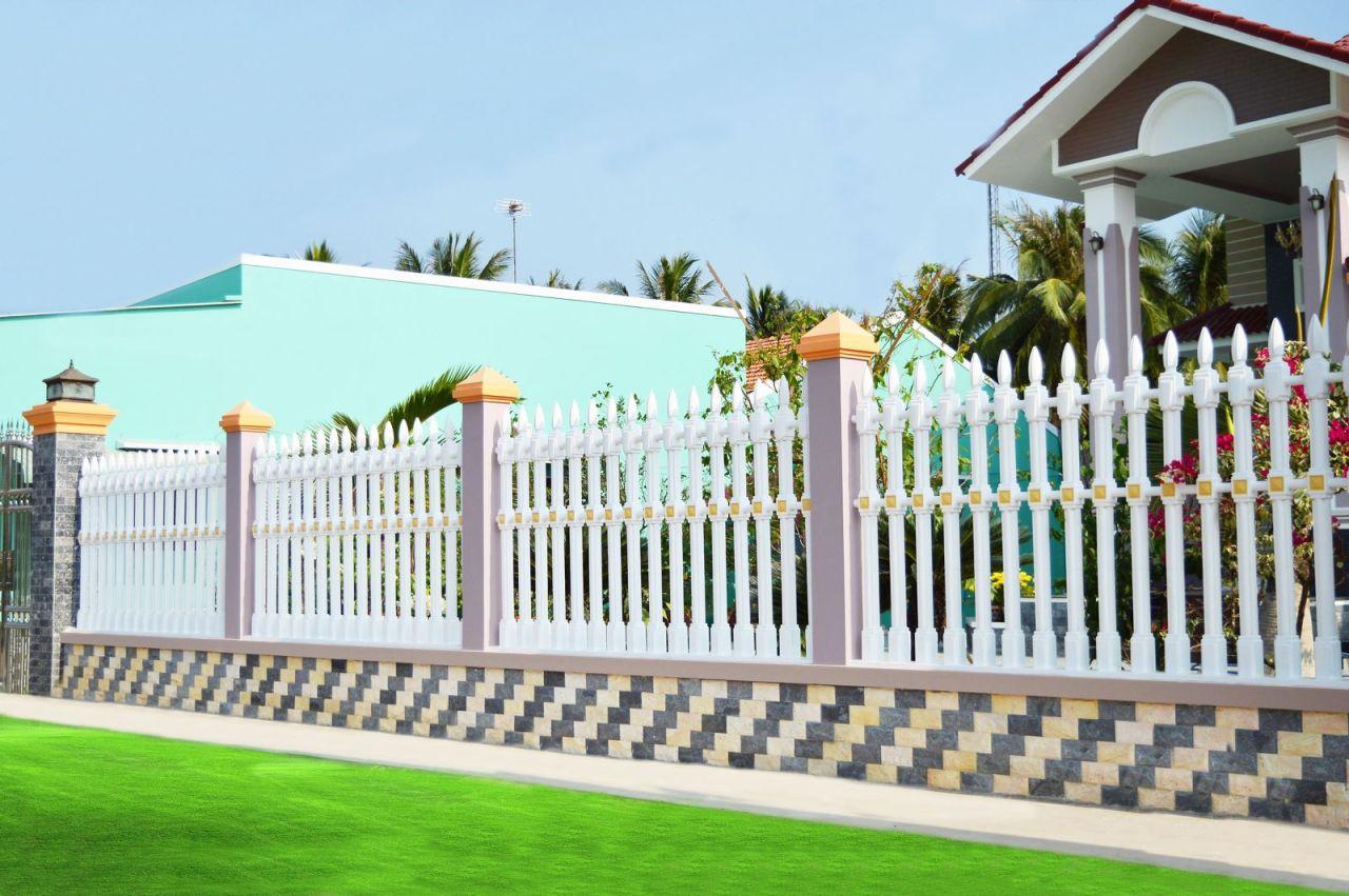 Mẫu cột hàng rào bê tông ly tâm trắng