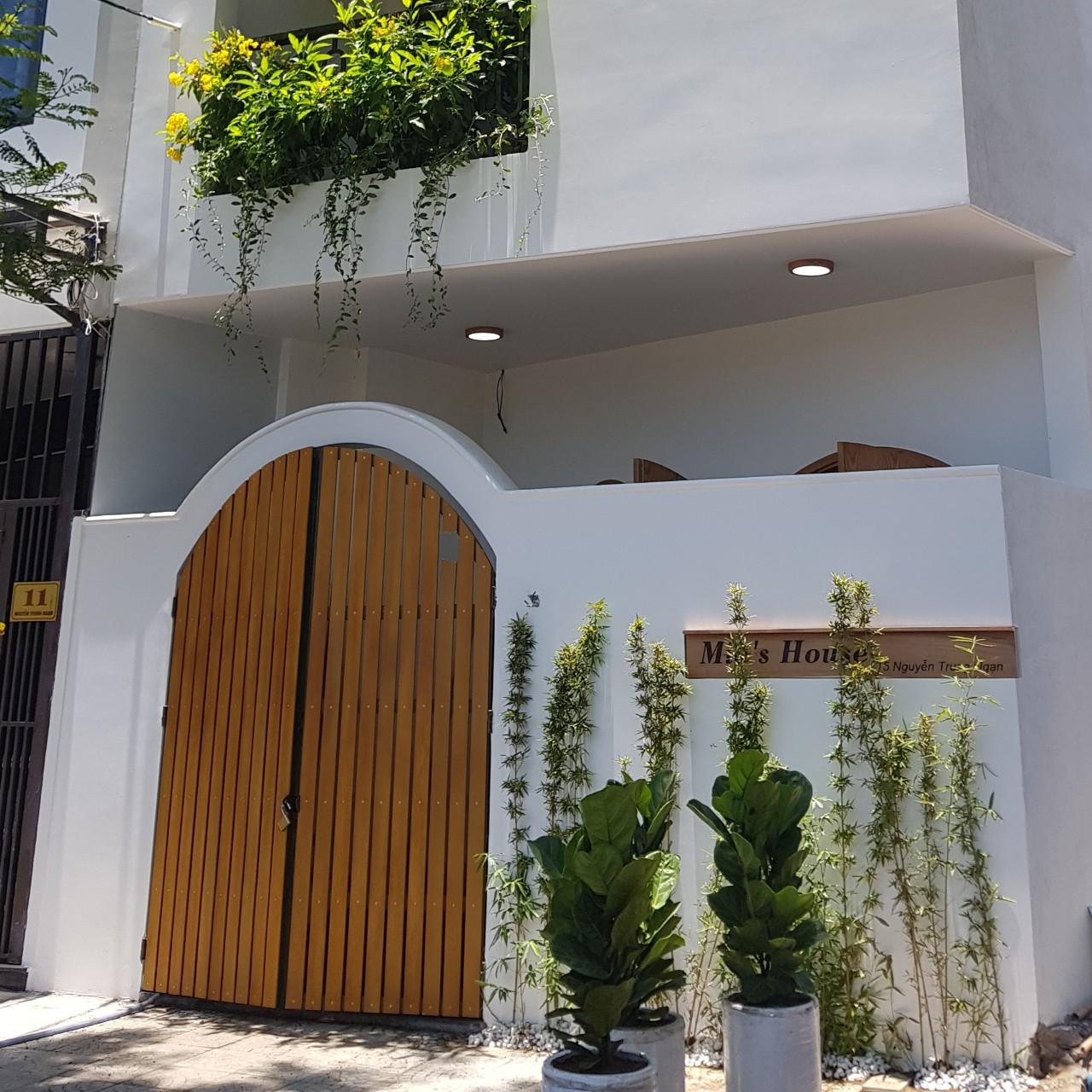 căn Mia's House