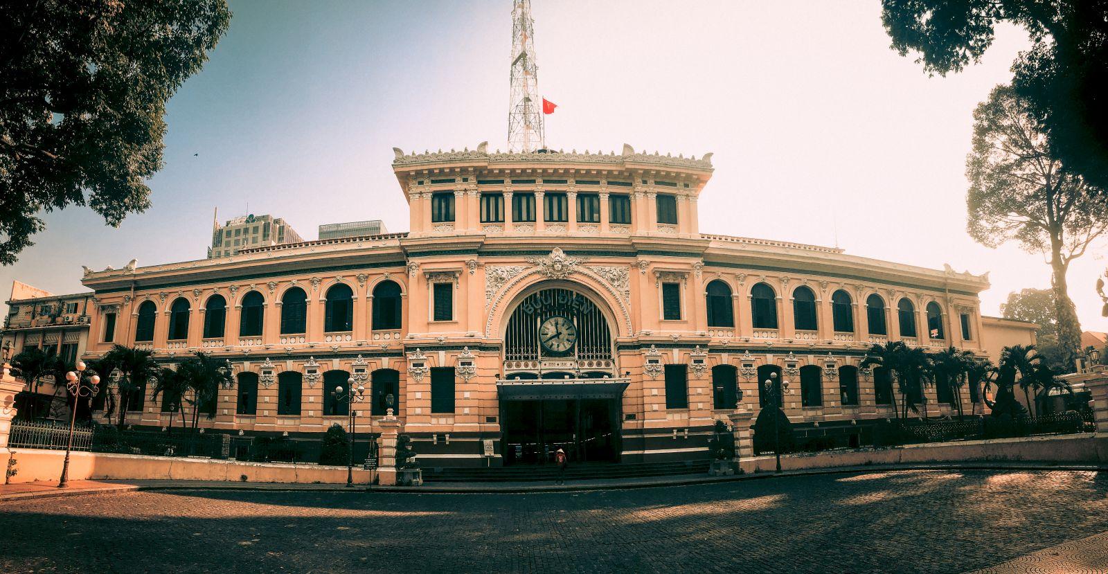 Bưu điện Trung tâm thành phố Hồ Chí Minh