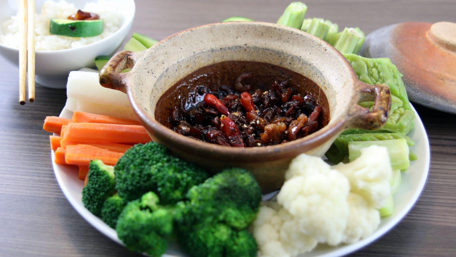 món ăn tại cửa hàng ẩm thực cây khế quận Tân Phú