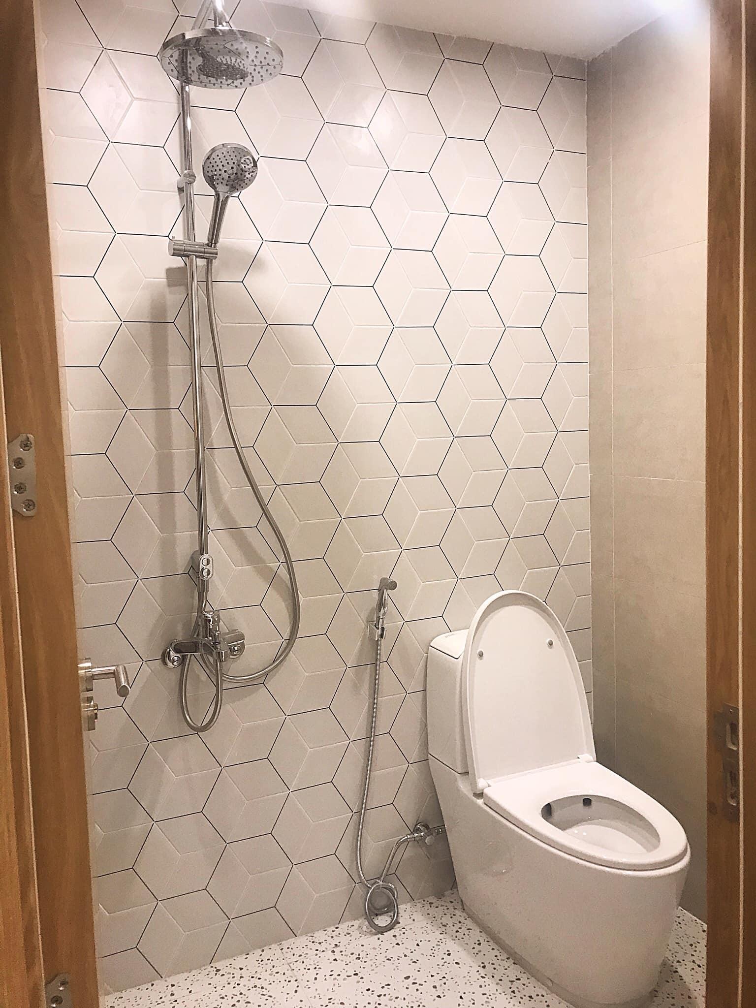 Nhà vệ sinh tiện nghi